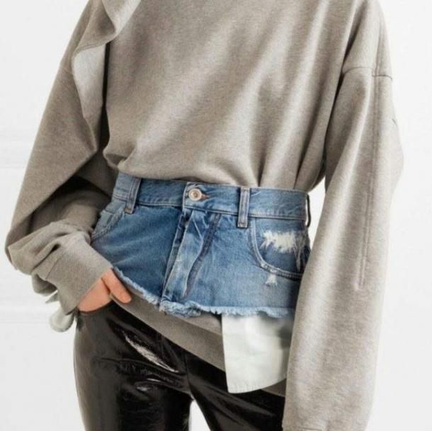 Dupa moda pantalonilor rupti, UN NOU MODEL de blugi SOCHEAZA acum planeta! Cum arata (FOTO), Charmy