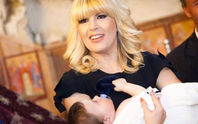 Elena Udrea, mama de fetita. Fostul ministru este in culmea fericirii, Charmy