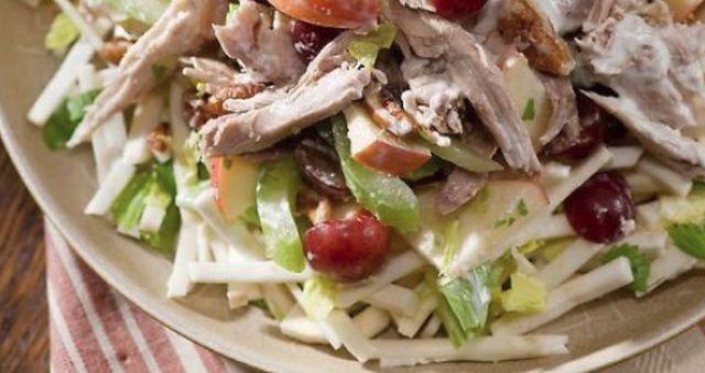 Cum sa prepari cea mai buna salata de vara cu pui si struguri, Charmy