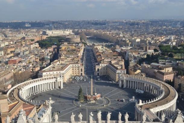 Roma si Paris – Calatorii de vis in doua metropole ale lumii (FOTO), Charmy