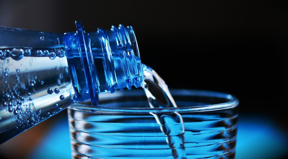 Consumul de apa: de ce este important sa te hidratezi corespunzator?, Charmy