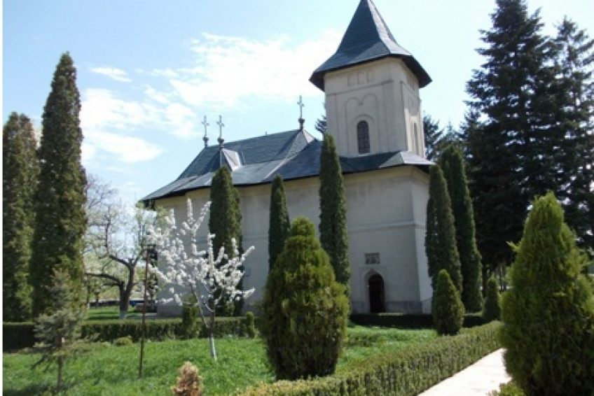 Top 20 Manastiri din Romania ce Trebuie Vizitate, Charmy
