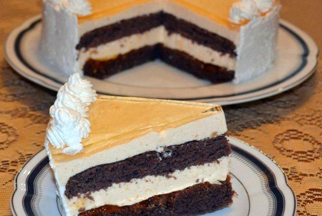Tort cu crema de iaurt si fructe de padure –  o reteta simpla, dar delicioasa, Charmy