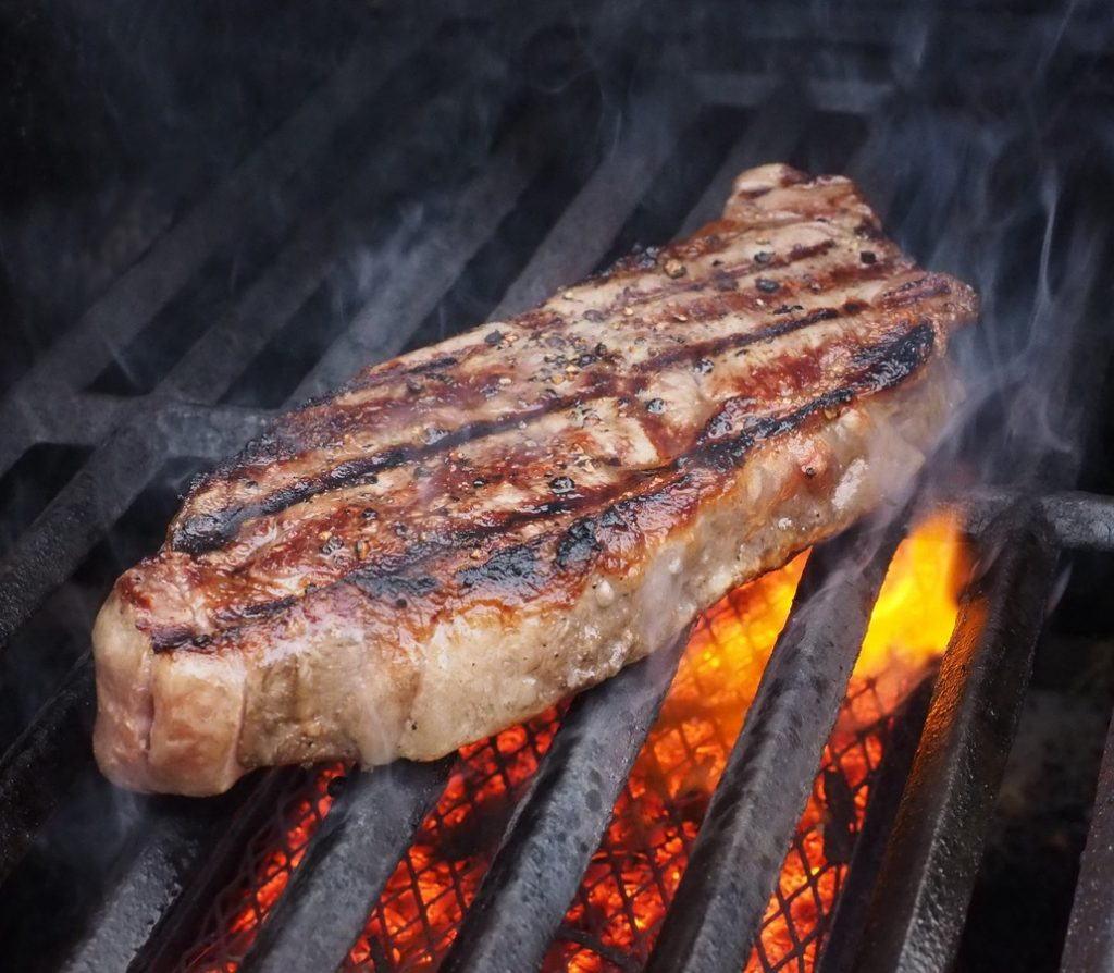 Cum sa prepari carnea la gratar intr-un mod sanatos?, Charmy
