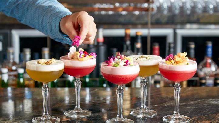 Top 10 Cele Mai Bune Retete Cocktail-uri din Lume, Charmy