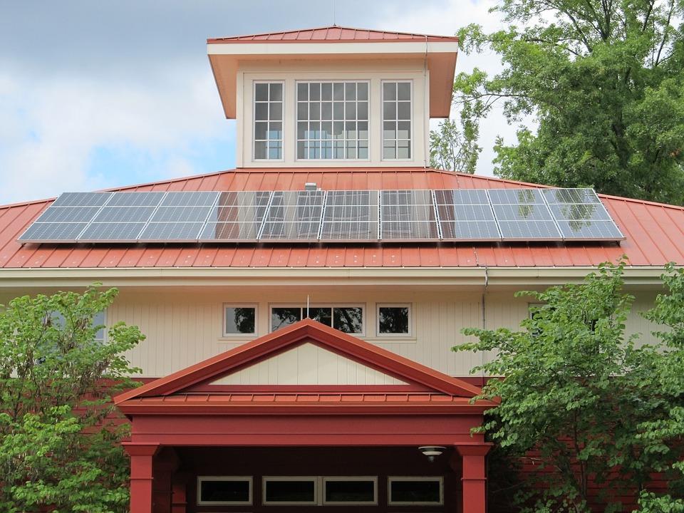 Cele mai bune panouri solare care asigura economii garantate, Charmy