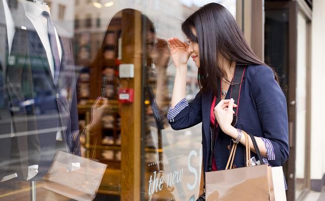 Top cele Mai Luxoase Branduri din Lume - Dior, Gucci, Oscar de la Renta...