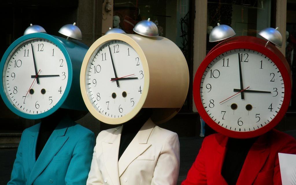 Semnificatia orelor fixe – de la 00.00 la 24.00, Charmy