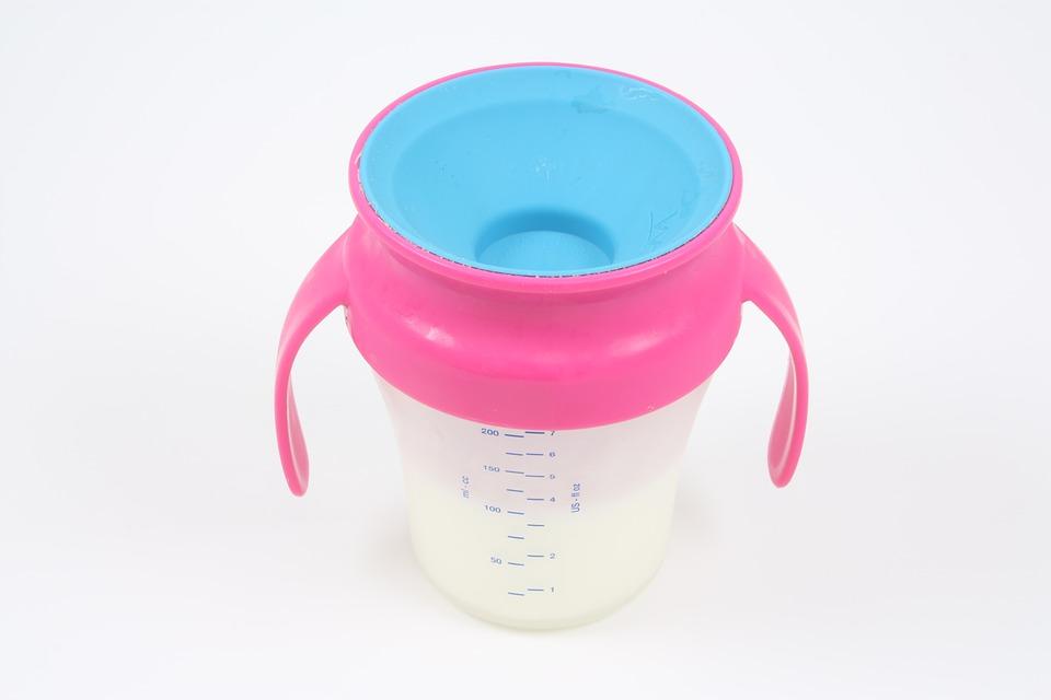 Laptele praf Hipp a fost alegerea perfecta cand copilul avea nevoie de o formula cat mai buna pentru o hranire excelenta, Charmy