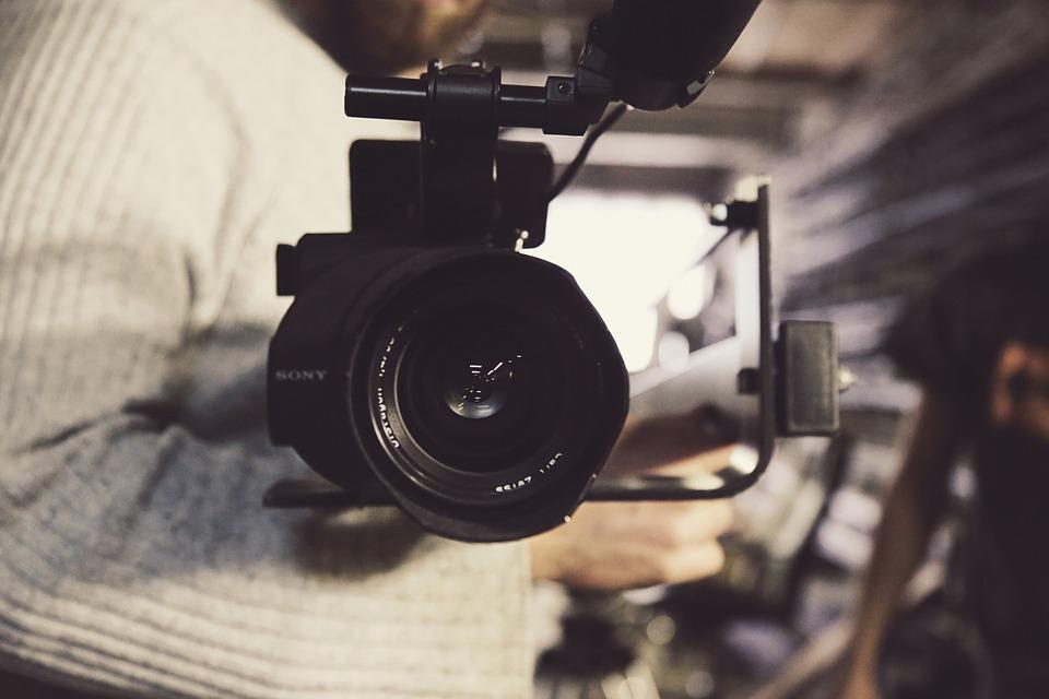 De ce sa alegi un fotograf profesionist pentru evenimentul tau?, Charmy