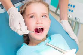 Urgențe stomatologice copii – la cine apelezi?, Charmy