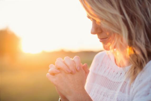 Sfânta Muceniță Tecla – credința adevărată schimbă destine!, Charmy