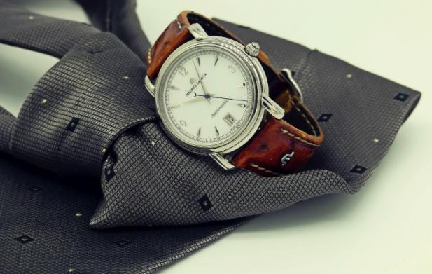 Ceasurile reprezintă o idee excelentă pentru un cadou deosebit!, Charmy