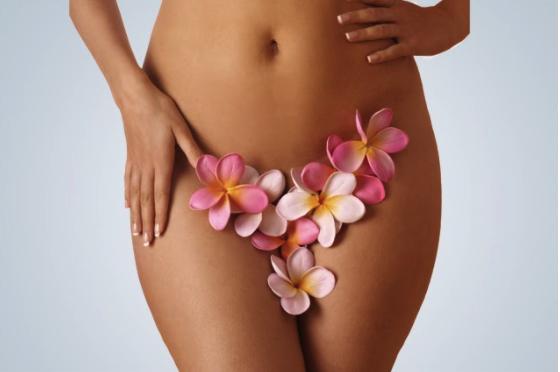 Cui se adresează operaţia de labioplastie? Când este necesară femeilor şi ce avantaje le aduce?, Charmy