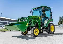 Tractoarele – maşinării agricole folosite în trecut, prezent şi îmbunătăţite pentru viitor, Charmy